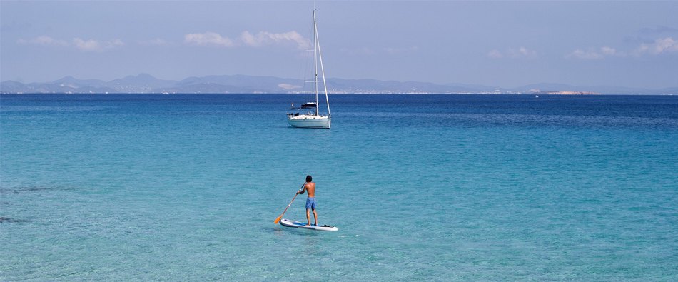 Encuentra habitaciones en Formentera, halla el descanso.